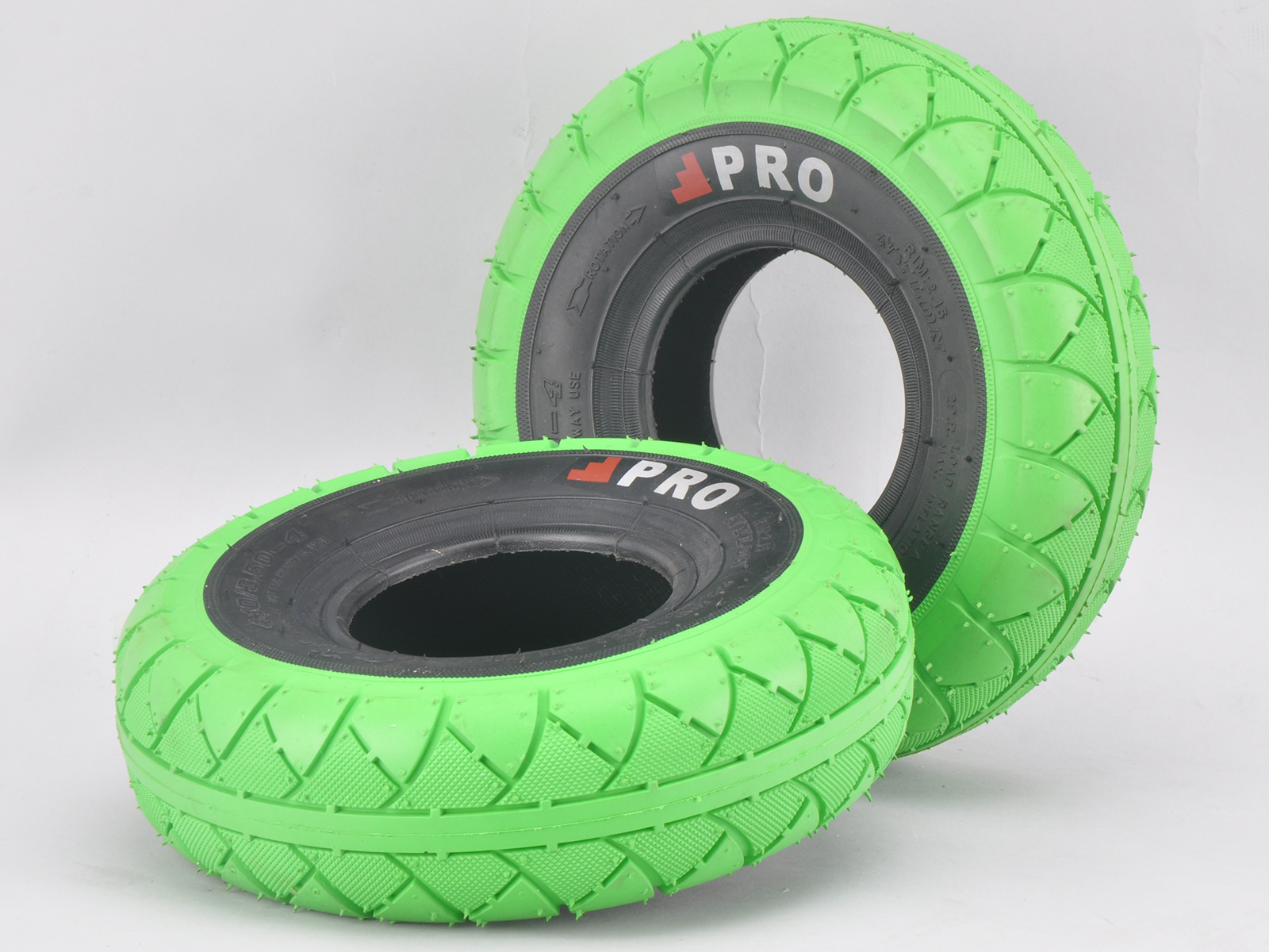 http://www.rockerbmx.com/images/stories/virtuemart/product/STREETPROTYREGREENBLACK%202.jpg